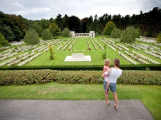 Polygon Wood Cemetery/Buttes New British Cemetery